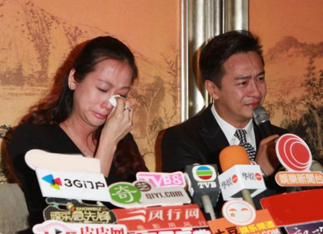 Ứng xử của 2 tài tử Hong Kong khi dính scandal gạ tình, quấy rối tình dục - Hình 2