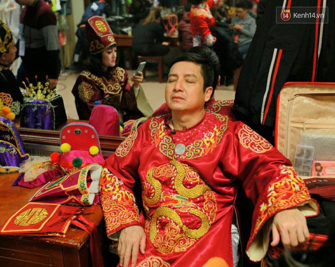 1001 dáng ngủ siêu khó đỡ của sao Việt: Cứ đặt lưng xuống là ngủ bất kể địa hình! - Hình 2