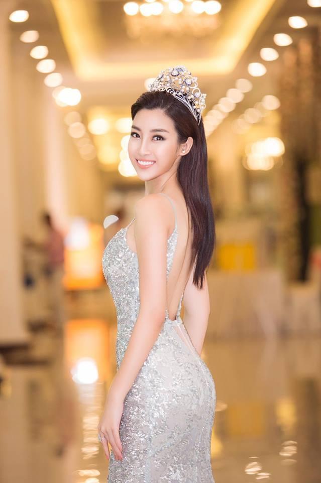 Gu thời trang ngày càng gợi cảm của Hoa hậu Đỗ Mỹ Linh - Hình 6