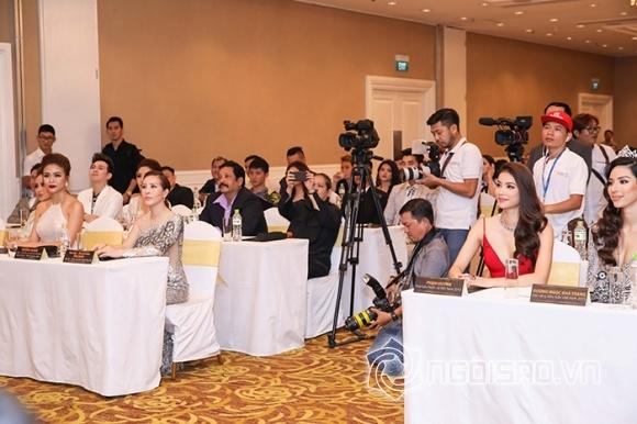 Phạm Hương lưng trần ngọc ngà, 'lơ đẹp' Hoa hậu Thu Hoài tại sự kiện - Hình 13