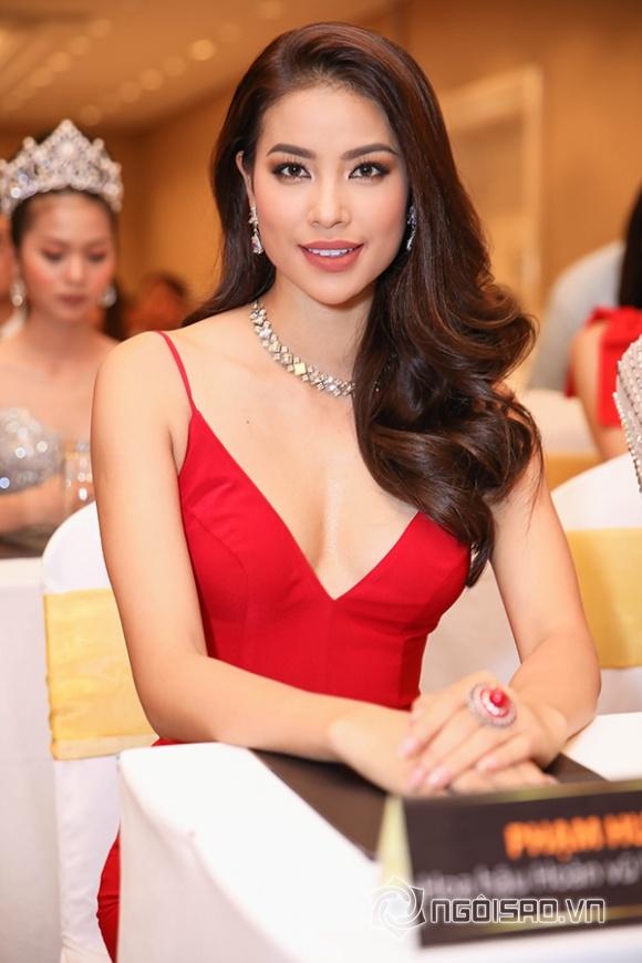 Phạm Hương lưng trần ngọc ngà, 'lơ đẹp' Hoa hậu Thu Hoài tại sự kiện - Hình 9