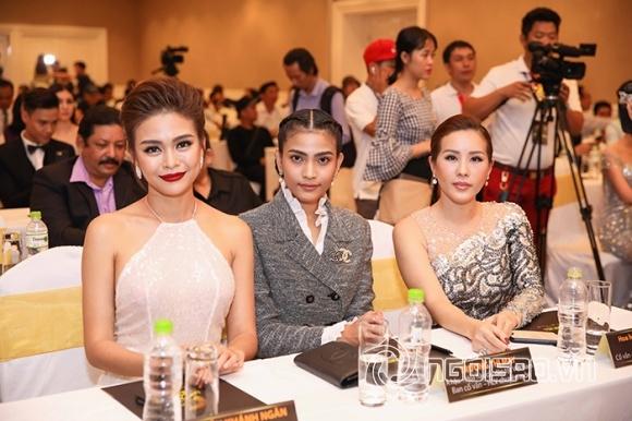 Phạm Hương lưng trần ngọc ngà, lơ đẹp Hoa hậu Thu Hoài tại sự kiện - Hình 10