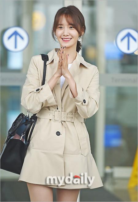 Quân đoàn mỹ nhân Kpop đổ bộ sân bay: Yoona 28 tuổi vẫn đẹp xuất sắc, lấn át TWICE và đàn chị sexy - Hình 3