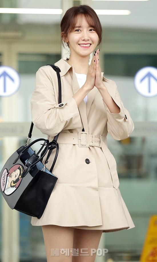 Quân đoàn mỹ nhân Kpop đổ bộ sân bay: Yoona 28 tuổi vẫn đẹp xuất sắc, lấn át TWICE và đàn chị sexy - Hình 5