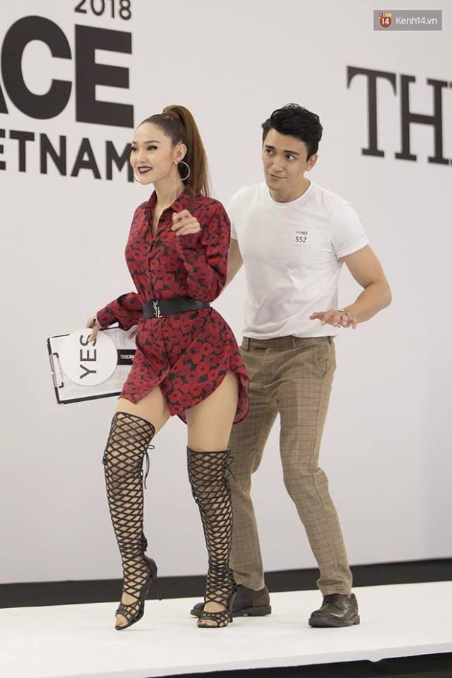 Hồ Ngọc Hà đá xéo phong cách thời trang của Minh Hằng tại buổi casting The Face Vietnam 2018? - Hình 2