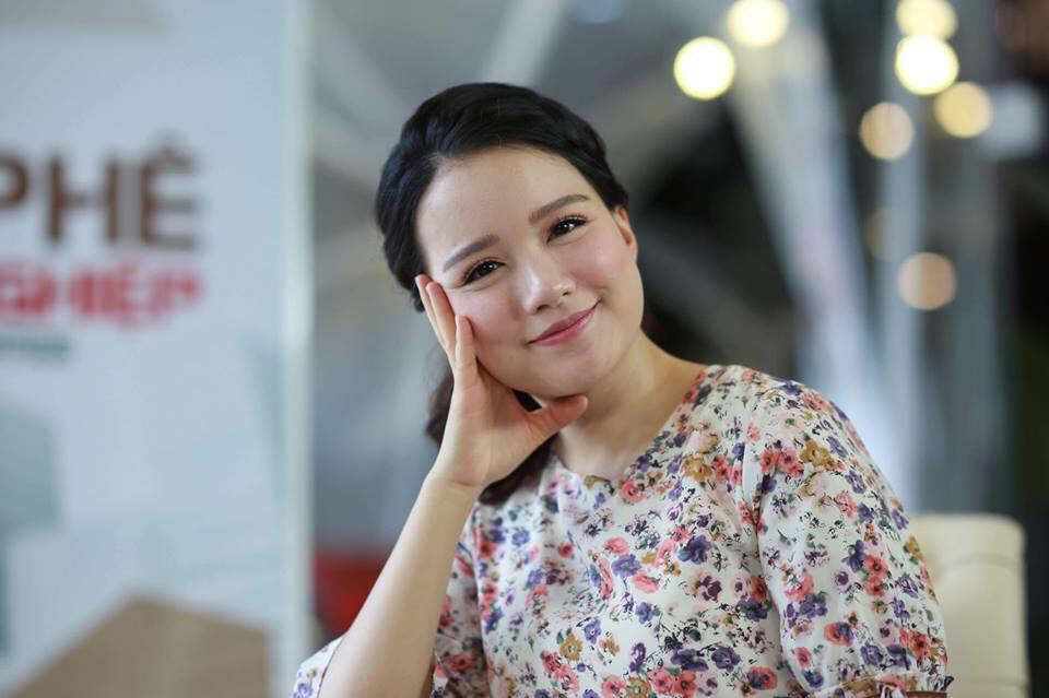 Nữ MC xinh đẹp nổi tiếng VTV đã là mẹ 3 con vẫn trẻ đẹp không ngờ - Hình 1