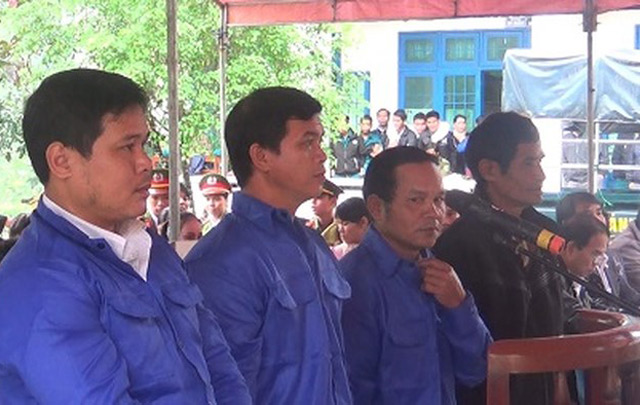 Quảng Ngãi: Trục lợi tiền chính sách, 4 cán bộ nhận 24 năm tù - Hình 1