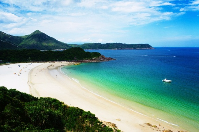 Không phải Thái Lan, đây là những địa điểm du lịch đẹp 'rụng rời' phải đi hè này - Hình 8