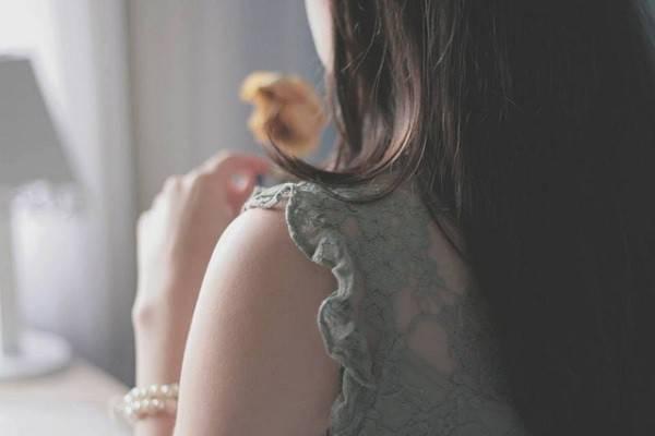 Tôi phải làm sao khi vẫn yêu chồng tha thiết, nhưng lại không chắc cái thai của ai? - Hình 1