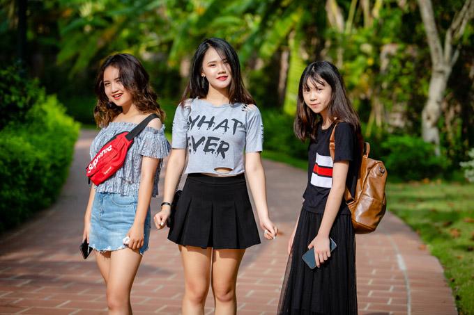 Sốt với nhan sắc xinh đẹp 3 cô con gái tuổi cập kê của ca sĩ Tú Dưa - Hình 2