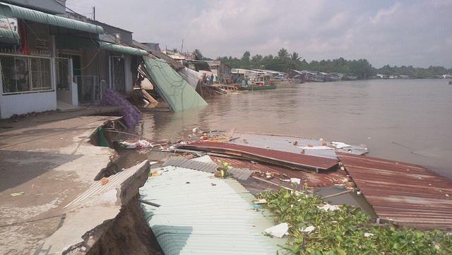 Để dân xây nhà không phép ven sông, chủ tịch xã, phường phải chịu trách nhiệm - Hình 1