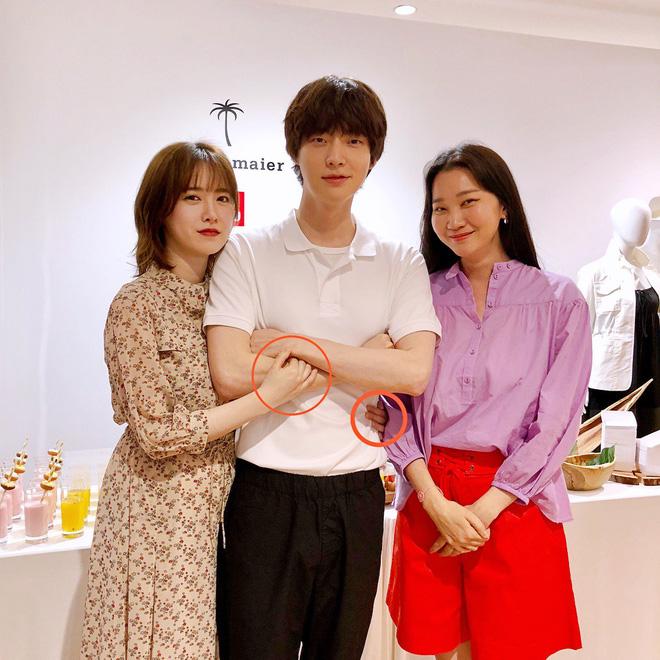 Kết hôn đã khó lại còn lấy được mỹ nam trẻ, Goo Hye Sun có cách cương quyết giữ chồng khiến dân tình tán thưởng - Hình 1