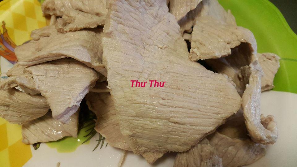 [Chế biến] - Cuối tuần, vào bếp làm món khô heo lá chanh cho ông xã lai rai cùng bạn bè - Hình 2