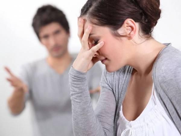 9 dấu hiệu bạn nên dừng ngay chuyện lấy chồng - Hình 1