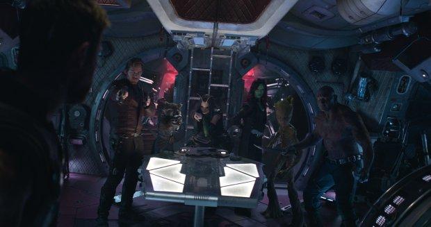 Đạo diễn Avengers: Infinity War: Không phải siêu anh hùng cũng sẽ được hồi sinh trong phần 4 - Hình 4