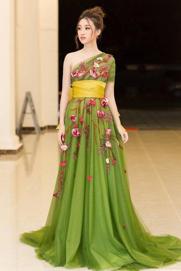Hé lộ kiểu váy vi diệu giúp Đỗ Mỹ Linh chinh phục hàng triệu fan trong hai năm nhiệm kỳ Hoa hậu - Hình 10