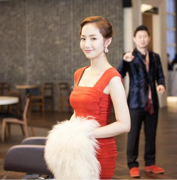 Thư ký Kim Park Min Young và hành trình vịt hóa thiên nga, xứng tầm đại mỹ nhân dao kéo bậc nhất showbiz Hàn - Hình 14