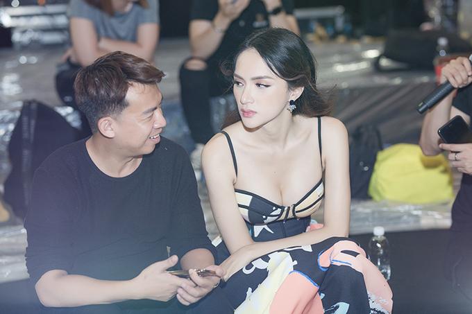 Siêu mẫu Hà Anh, Hương Tràm là lọt top hở bạo nhất tuần - Hình 7