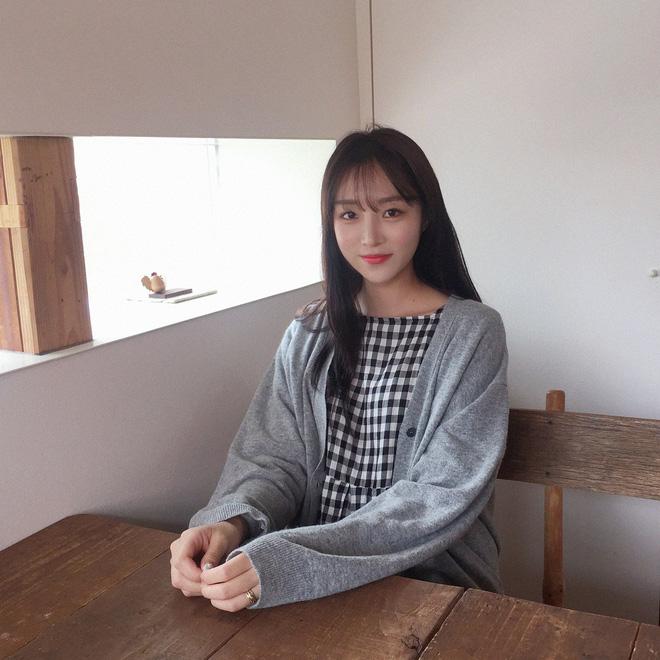 Lâu lắm mới gặp một cô bạn Hàn Quốc dễ thương kiểu tự nhiên như thế này! - Hình 11