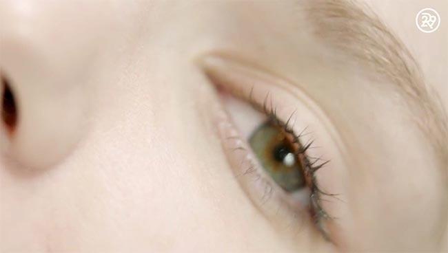 Cận cảnh một ca xăm viền mí mắt giúp bạn gái có được đôi mắt long lanh, to tròn - Hình 12
