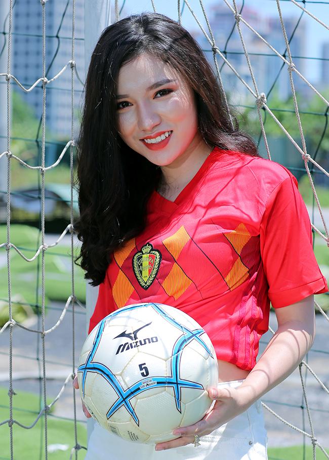Nữ sinh Hà Nội 19 tuổi dự đoán Bỉ thắng Pháp nhờ Hazard ghi bàn - Hình 6