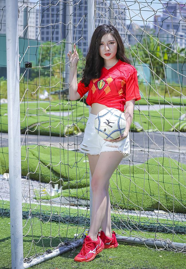 Nữ sinh Hà Nội 19 tuổi dự đoán Bỉ thắng Pháp nhờ Hazard ghi bàn - Hình 5