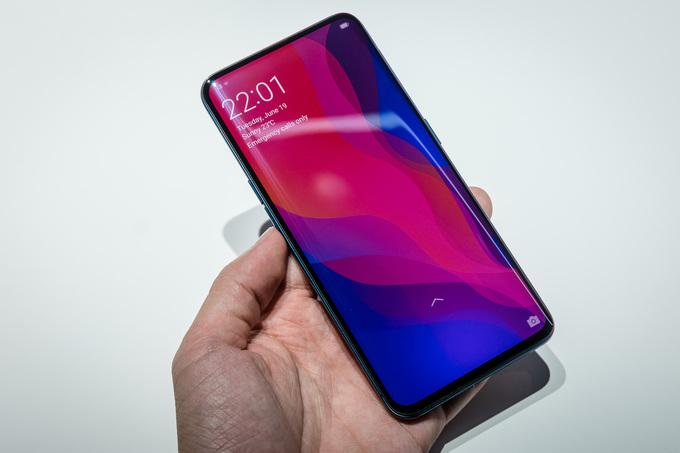 5 điện thoại thiết kế ấn tượng nửa đầu 2018 - Hình 2