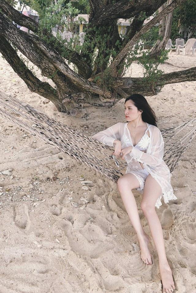 Ảnh bikini nóng rực của Thanh Thanh Huyền- nữ MC có đôi chân dài 1,1m - Hình 9
