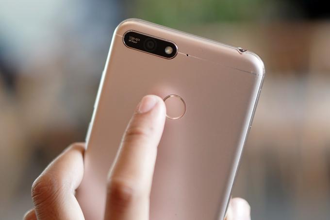Honor 7A - smartphone dưới ba triệu đồng có nhận diện gương mặt - Hình 5