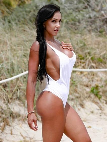 Sở hữu vòng 1 khủng, người đẹp Colombia luôn là tâm điểm mỗi khi xuất hiện - Hình 8