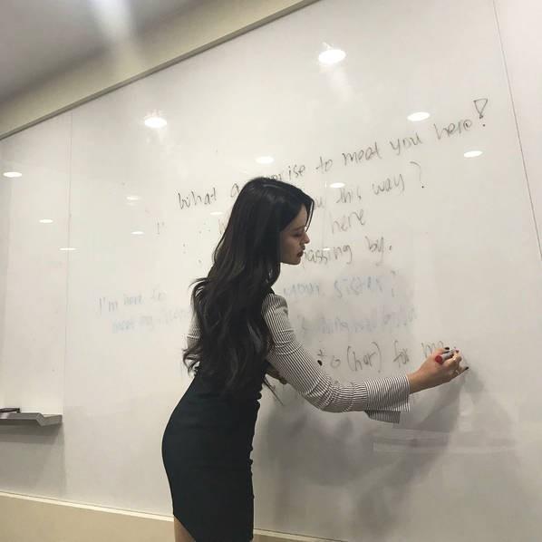 Sarah Kim - Cô giáo dạy tiếng Anh nóng bỏng nhất Hàn Quốc - Hình 4