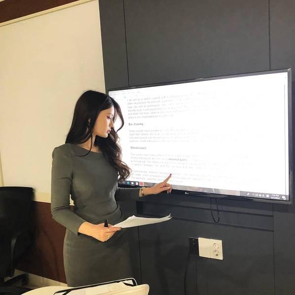 Sarah Kim - Cô giáo dạy tiếng Anh nóng bỏng nhất Hàn Quốc - Hình 10