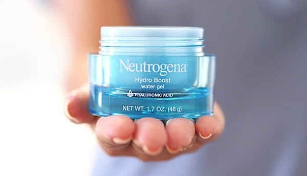 Các nàng da dầu tuyệt đối không thể bỏ qua 10 kem dưỡng ẩm không gây bóng nhờn cực xịn này - Hình 2