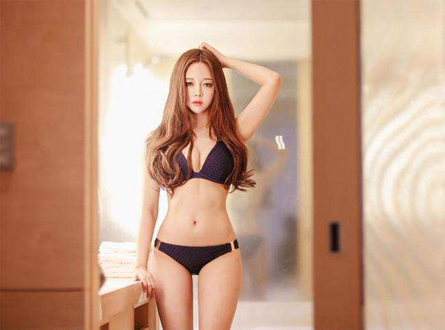 Hot girl diện bikini siêu nóng bỏng khoe vòng 1 căng đầy khiến cánh đàn ông rung động - Hình 15