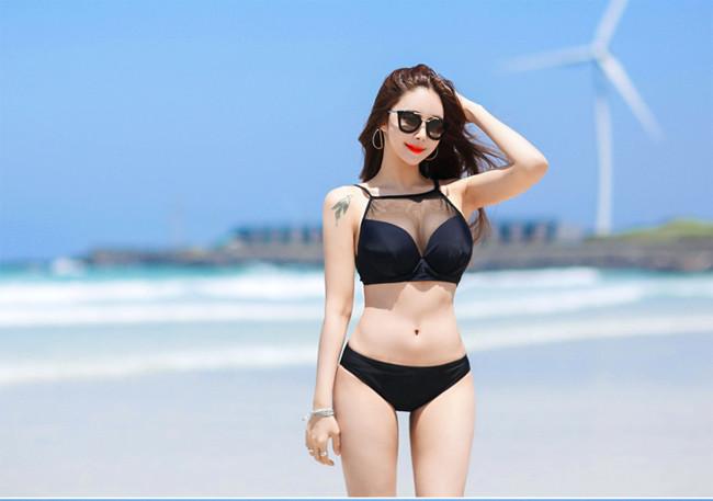 Hot girl diện bikini siêu nóng bỏng khoe vòng 1 căng đầy khiến cánh đàn ông rung động - Hình 24