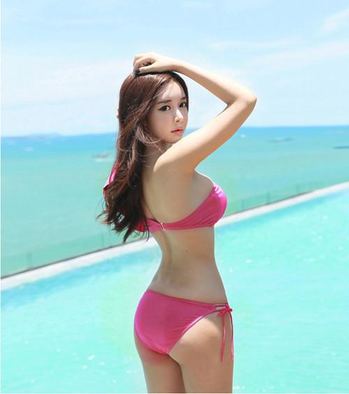 Hot girl diện bikini siêu nóng bỏng khoe vòng 1 căng đầy khiến cánh đàn ông rung động - Hình 39