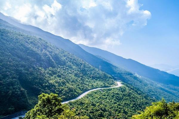 Chiêm ngưỡng các vườn quốc gia đẹp nhất Việt Nam khiến bạn chỉ muốn xách ba lô đi thêm vài lần nữa - Hình 1
