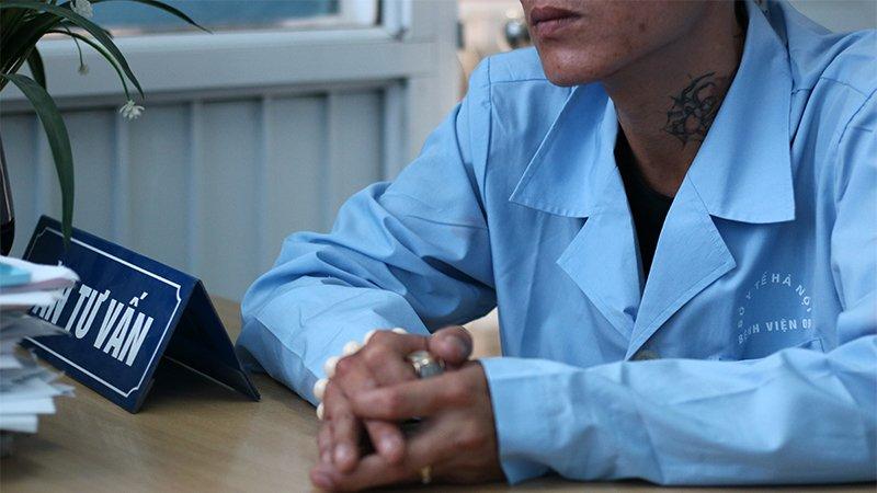 Những số phận bị lãng quên ở bệnh viện 09: Đám cưới khó ngờ của trùm giang hồ nhiễm HIV và nữ thợ may - Hình 1