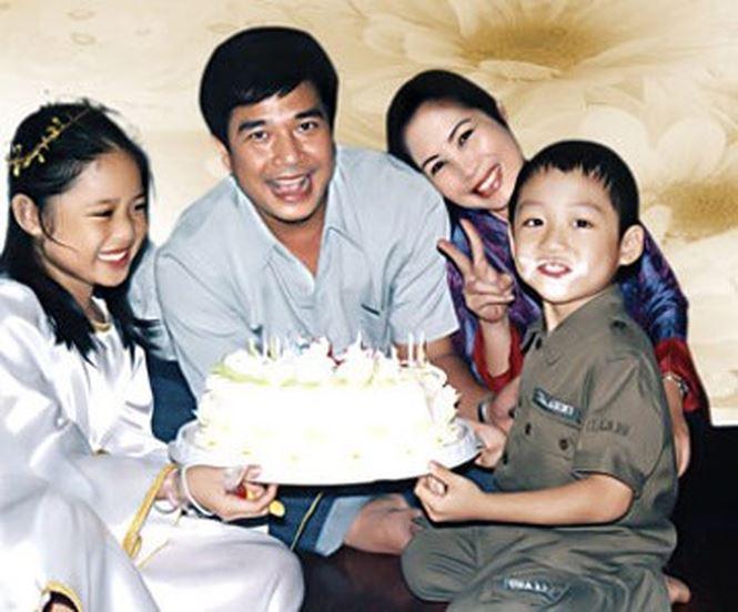 NSND Hồng Vân – Lê Tuấn Anh: 10 năm 'lỡ hẹn' để có nhau trọn vẹn - Hình 7