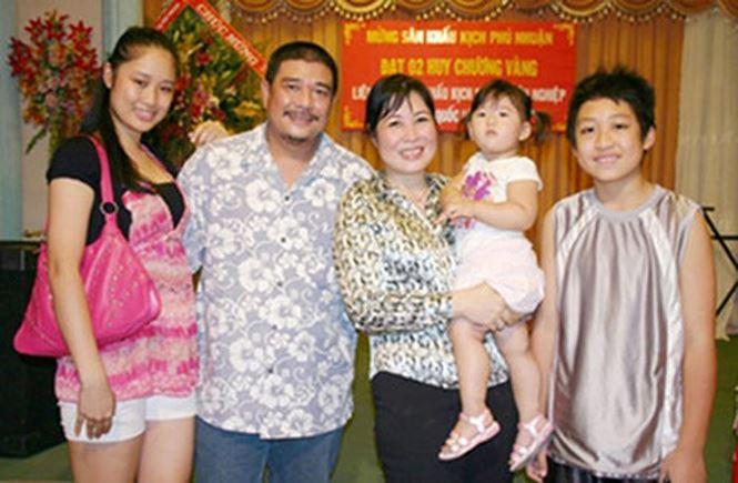 NSND Hồng Vân – Lê Tuấn Anh: 10 năm 'lỡ hẹn' để có nhau trọn vẹn - Hình 10