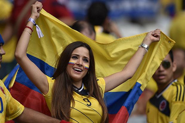 """World Cup: """"Đại chiến nhan sắc"""" giữa các hotgirl sexy nhất ở Nga - Hình 9"""