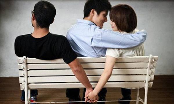 Nữ sinh phát hiện người yêu ngoại tình với bạn thân - Hình 1