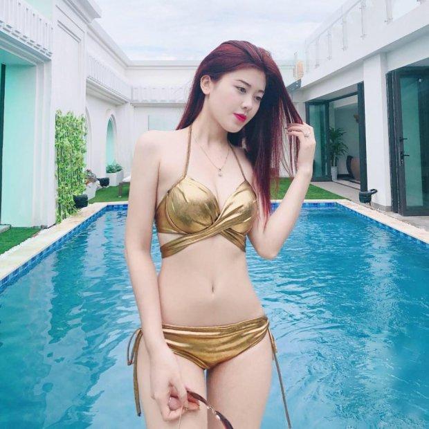 Hot girl vạn người mê của ĐH Luật - Sở hữu thân hình quyến rũ cùng tài kiếm tiền cực đỉnh - Hình 9