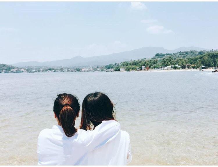 Những con đường giữa biển đẹp mê hồn ở Việt Nam mà bạn chưa biết tới - Hình 42