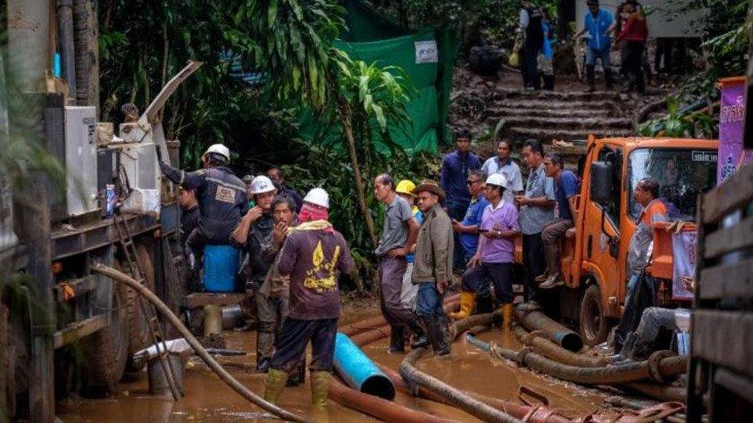 Thế giới 24h: Thông tin chấn động về đội bóng Thái bị kẹt trong hang - Hình 2