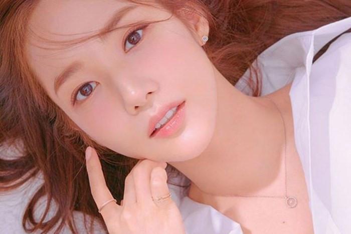 Park Min Young: Nhan sắc 'dao kéo' thành công nhất showbiz Hàn - Hình 6