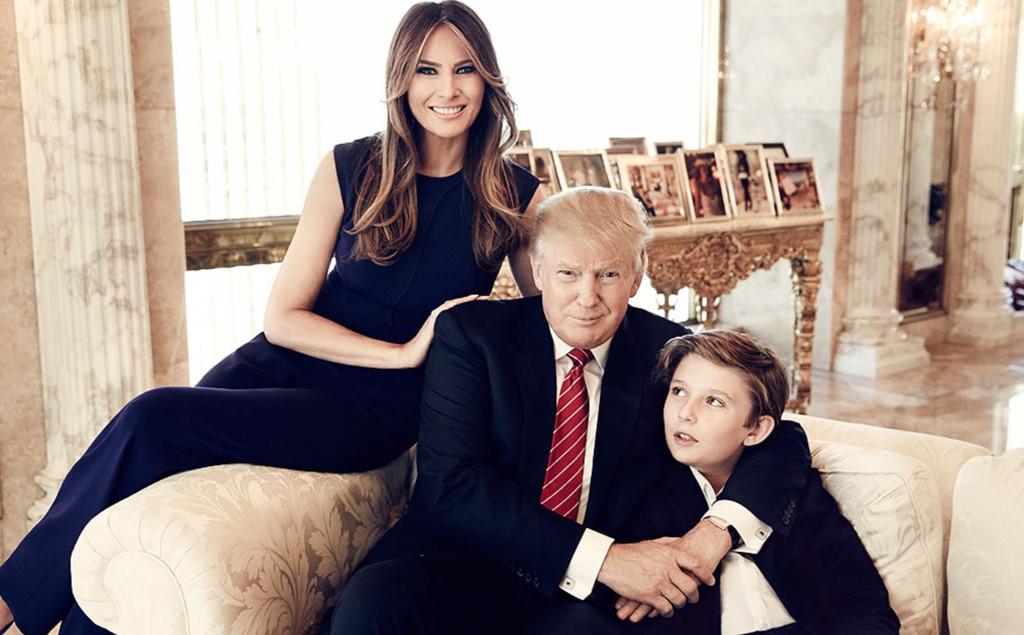 Phong cách thời trang lịch lãm của con trai út Tổng thống Trump - Hình 1
