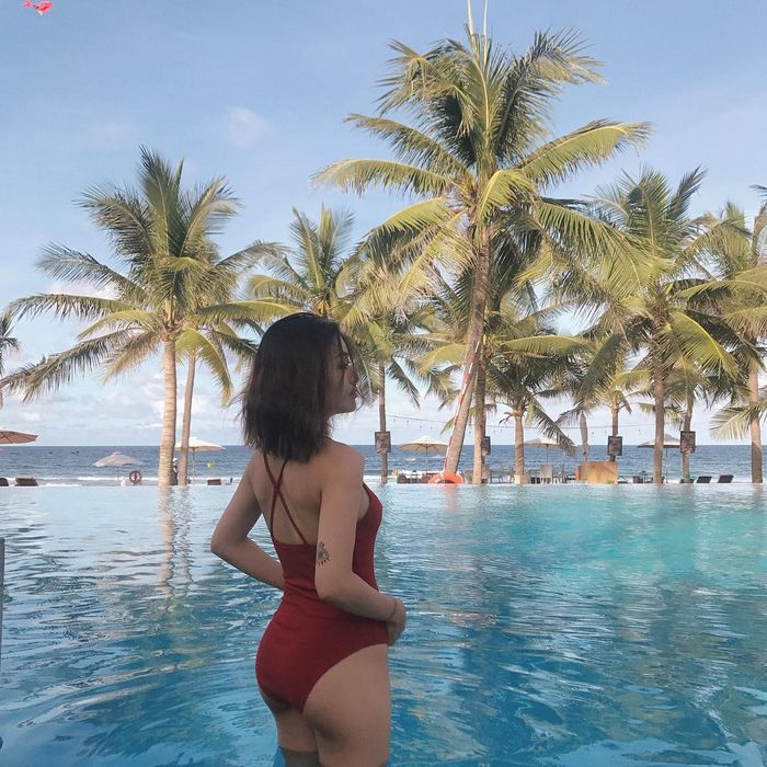 Ngắm loạt hogirl Việt diện bikini xinh hết sức - Hình 15