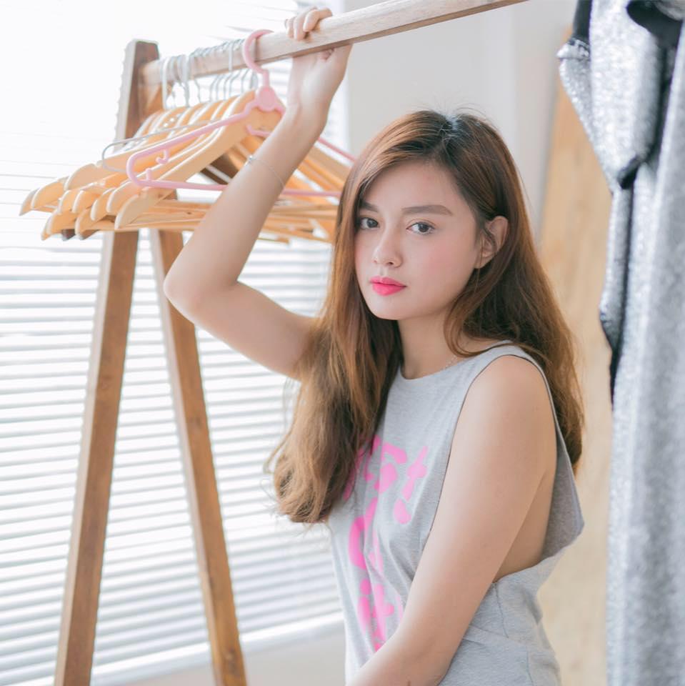 Hot girl facebook Nguyễn Diệu Linh - Hình 2