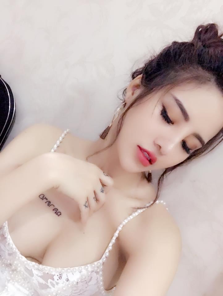 Vẻ đẹp sexy và cuốn hút của nữ DJ nóng bỏng Linh Kem - Hình 2